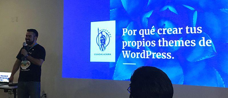 Jos Velasco presentando ¿por qué crear tus propios themes en wordpress?